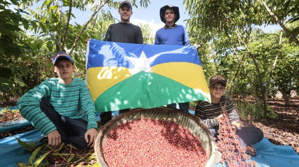 Associação Vida Nova recebe incentivo para melhorar a produção de café em Cacoal
